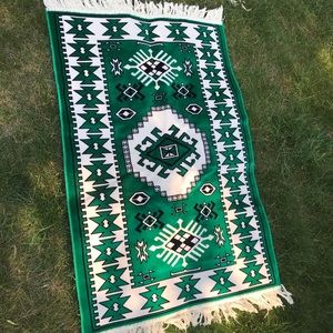 Vintage Kilim Rug Carpet matt. Soft meditation rug